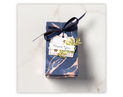 Gift Box - Everything Is Rosy | Tracy Marie Lewis | www.stuffnthingz.com